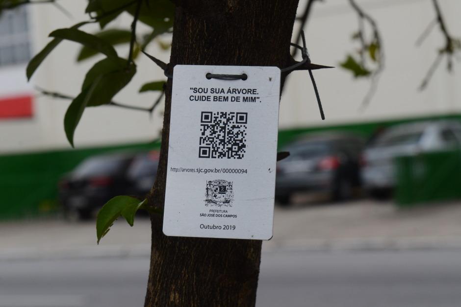 Cerca de 80 mil árvores serão cadastradas com placas em São José