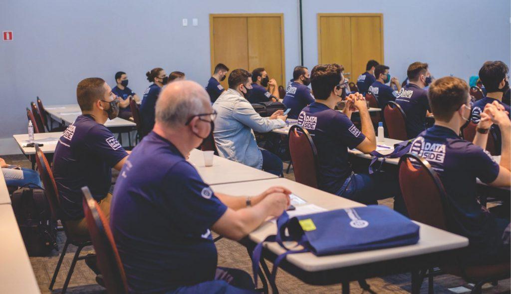 Empresa de São José oferece curso gratuito na área de tecnologia