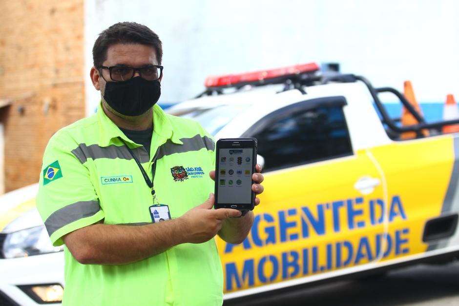 Agentes de mobilidade usarão tablets para multar em São José