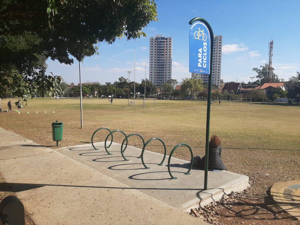Centro Life: Paraciclos são instalados no Jardim Esplanada