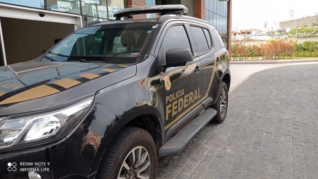 Polícia Federal faz busca e apreensão em sala comercial no Aquarius