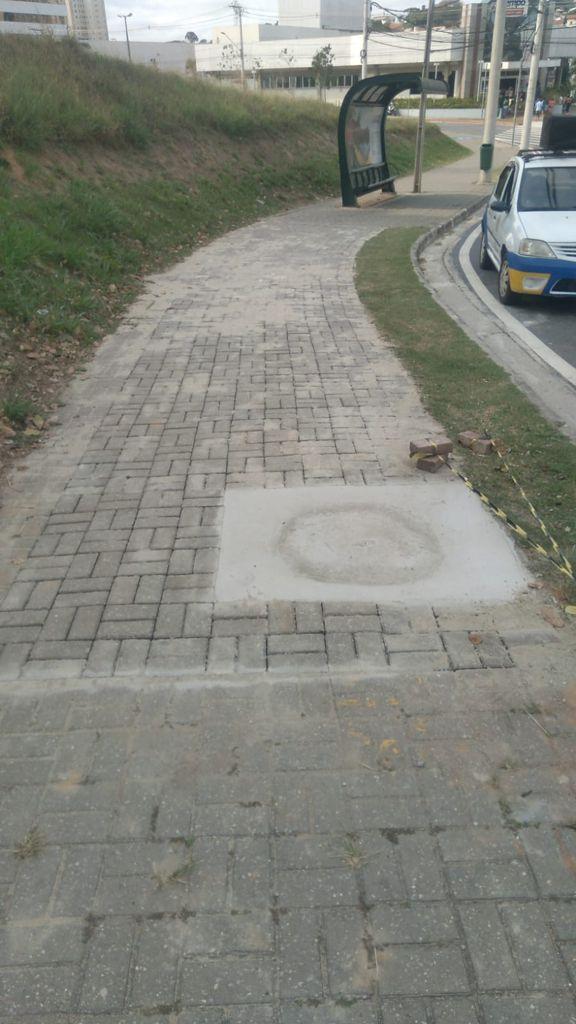 Aquarius Life: Calçada é recomposta na avenida São João